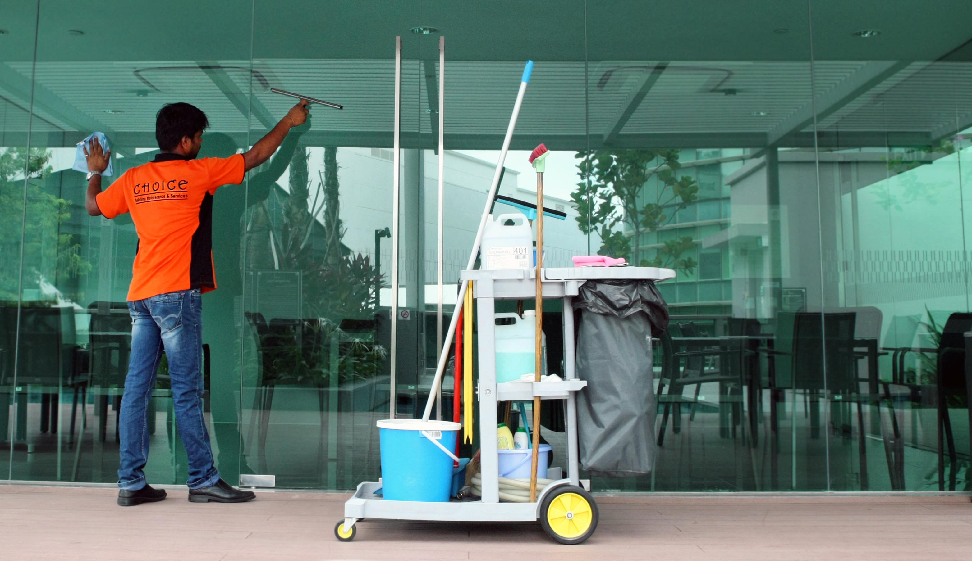 Exterior Window Cleaning Products